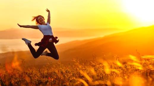 6 فوائد لكونك عزباء