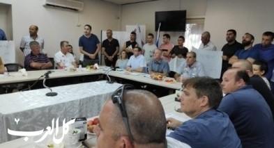 مسؤولو هـ. صندلة يتظاهرون بجلسة مجلس الجلبواع