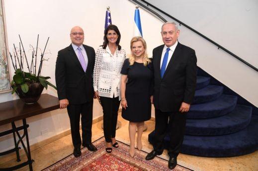 نتنياهو يستضيف السفيرة السابقة نيكي هيلي في القدس