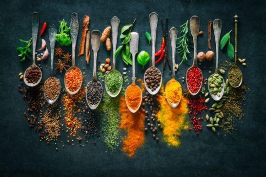 باقة من وصفات الأعشاب للوقاية من تأخر الدورة الشهرية