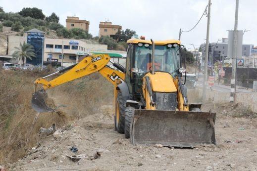 بدء اعمال مشروع تطوير مدخل قرية كفرقرع