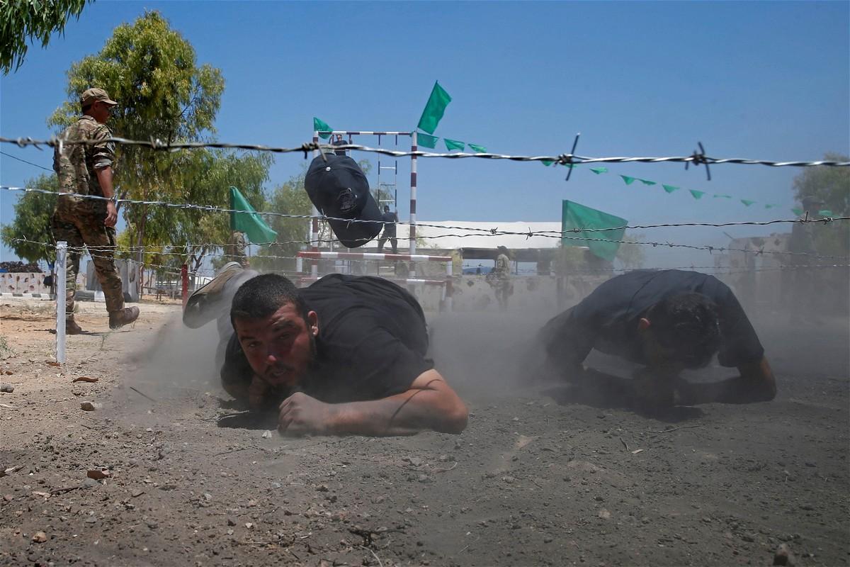 حماس: بعثنا برسالة شديدة اللهجة لاحتلال