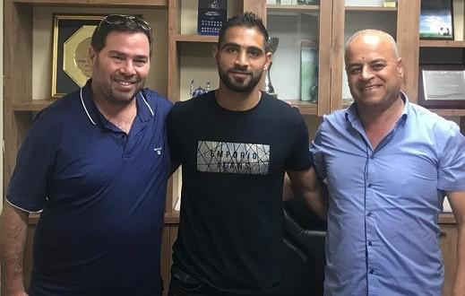 ادارة الاخاء الناصرة تجدد عقد المهاجم المحلي علاء بكر
