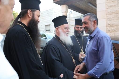 كفركنا: وفد من الطائفة المسيحية يعايد الطائفة الاسلامية