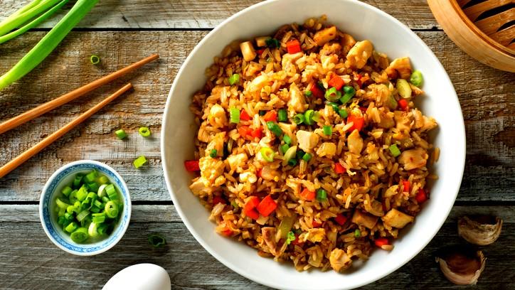 طبق اليوم: ارز بالدجاج والخضار