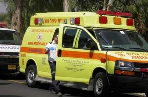 أم الغنم: إصابة شاب بجراح بعد انزلاق دراجته الهوائية