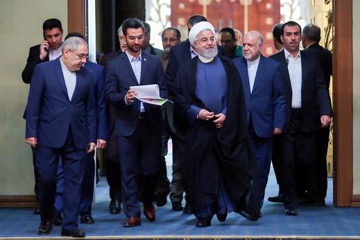 إيران تقلّص التزامها بالاتفاق النووي رسميًا