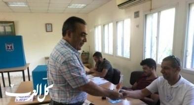 رئيس حزب الوحدة الشعبية يصوت في بلده شعب