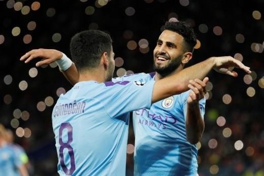 الجزائري رياض محرز يثبت قدراته مع مانشستر سيتي