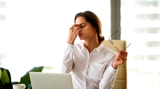 6 أمراض يسببها الجلوس الطويل على الحاسوب