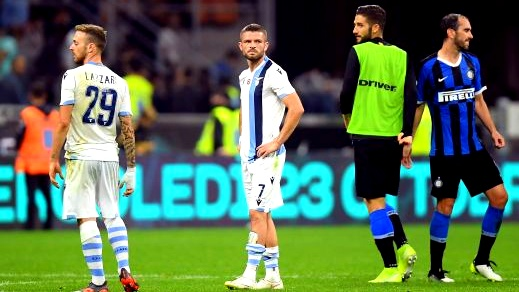 انتر ميلان يفوز على لاتسيو ويواصل تصدر الدوري الإيطالي