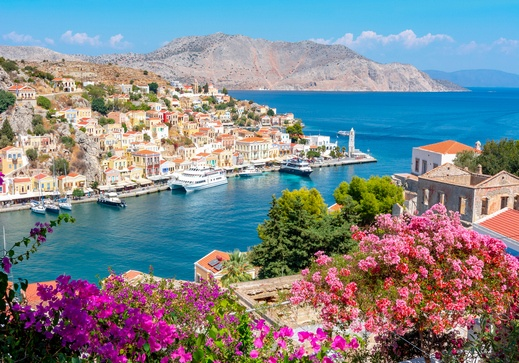 وجهة سياحية رائعة.. سيمي اليونانية