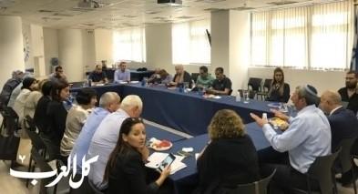 وزير التّربية يجتمع مع مديري مدارس من المجتمع العربي