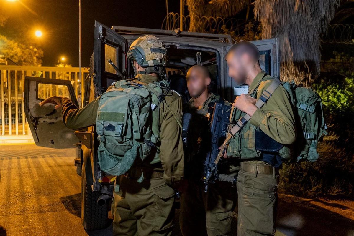 الجيش الاسرائيلي يطلق النار على طائرة مسيرة بالجولان