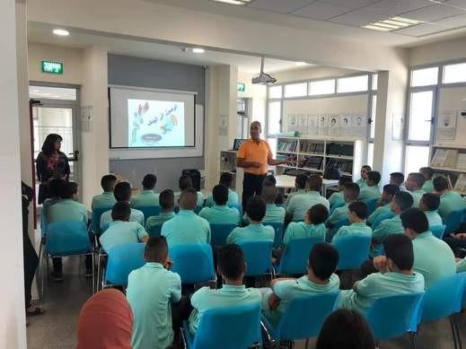 اكسال: اعدادية الرازي تنظم محاضرة لطلابها