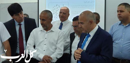 مدير عام وزارة التربية يزور رهط