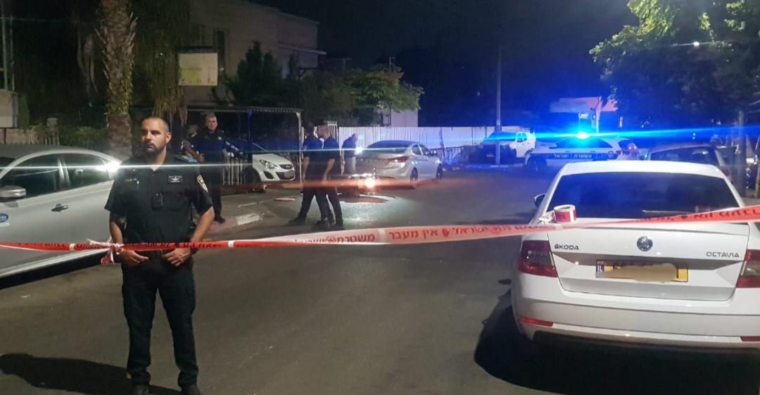 ابو سنان: اصابة خطيرة لشاب بعد تعرضه لاطلاق نار