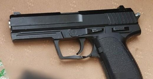 طمرة: اعتقال مشتبهة بحيازة أسلحة