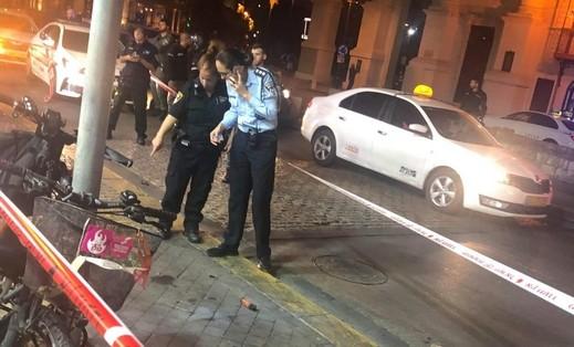 القاء قنبلة بإتجاه محل تجاري في يافا