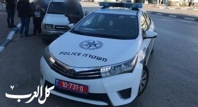 طوبا: اعتقال مشتبهين بتحطيم زجاج محلات في روش بينا