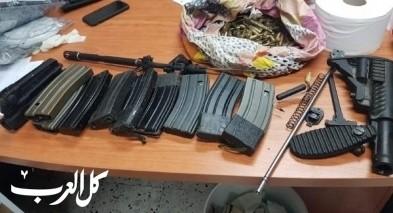 توقيف 3 شبان من تل السبع بعد ضبط سلاح وذخيرة