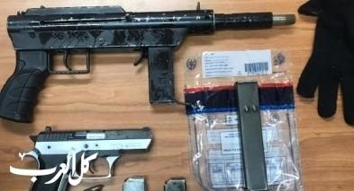 اعتقال أب وابنه من تل أبيب بشبهة حيازة سلاح