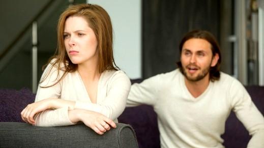 حل المشاكل بين الزوجين يبدأ بالاصغاء والتركيز..