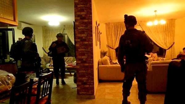 الشاباك: اعتقال أفراد أكبر خلية للجبهة الشعبية