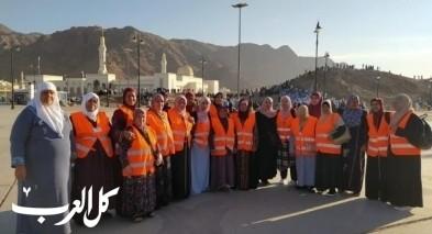 معتمرو البلاد يبعثون تحيّاتهم للأهل والأقارب من مكة