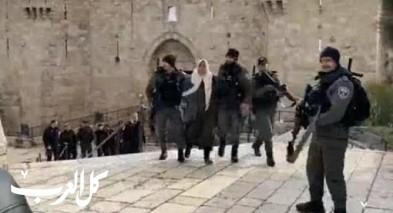 القدس: الشرطة تعتقل سيدة بباب العامود