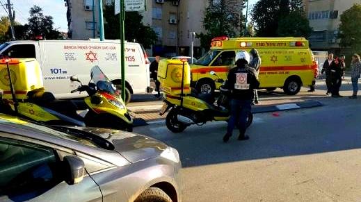 إصابة شابين بجراح جراء انقلاب سيارة قرب دبورية