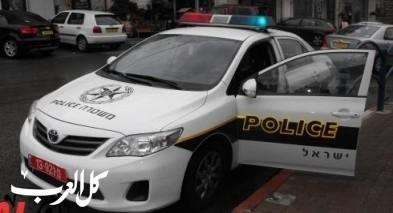 إصابتان في حادث طرق بين سيارتين على شارع 444