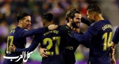 ريال مدريد يزيح برشلونة من صدارة الدوري الإسباني