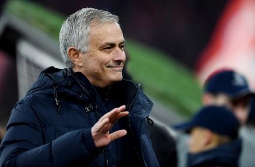 مورينيو: مانشستر سيتي يمتلك 20 لاعبا بنفس الجودة ويمكنهم خوض 4 ...