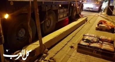 تل أبيب: إصابة عامل إثر سقوط جسم ثقيل عليه