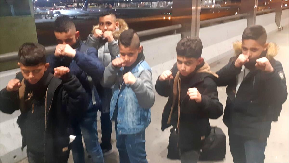 6 ابطال من نادي saffori kick boxing يسافرون