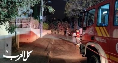 سقوط شجرة على سيارة واسلاك كهرباء في هرتسليا