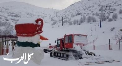 الثلوج تتساقط على جبل الشيخ وتكسوه بالأبيض