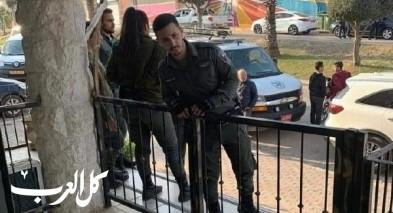 الشرطة تفتش حضانة اطفال بالطيبة بادّعاء البحث عن سلاح