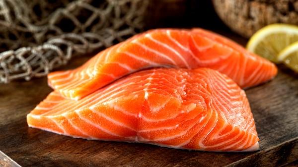إليك أبرز فوائد سمك السلمون الصحية