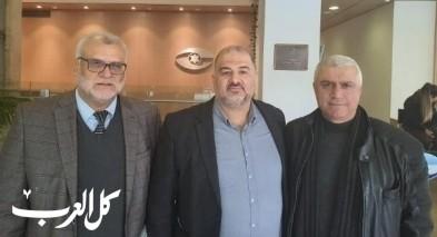 النائب د. عباس يتابع العمل مع طاقم مراقب الدولة