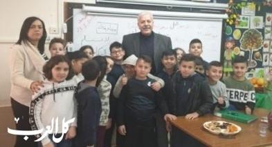 إبتدائية شعب ب تستضيف أعضاء من الأدباء الفلسطينيين