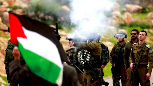 إسرائيل تغلق الضفة وغزة يوم الانتخابات