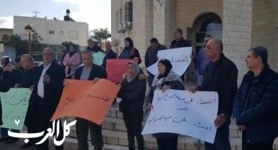 اضراب في بلدية قلنسوة في اعقاب استهداف منزل الرئيس
