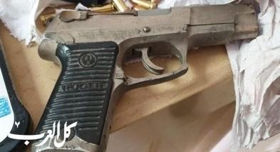 كفرياسيف: توقيف مشتبه بعد ضبط مسدس وذخيرة بمنزله