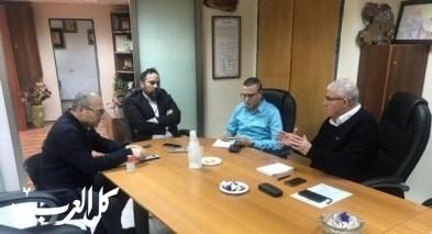 بلدية طمرة تجتمع برئيس لجنة الاولياء