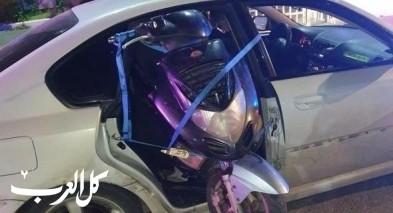 الجنوب: كيف دخلت دراجة نارية بسيارة!