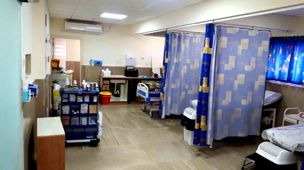 المركز الطبي زيف: تحسن على صحة 3 مرضى كورونا