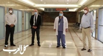 الحاج ابراهيم ابوفول يتبرع بجهاز تنفس صناعي