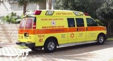 كريات آتا: إصابة خطيرة لشاب جرّاء إصطدام مركبة بسكوتر
